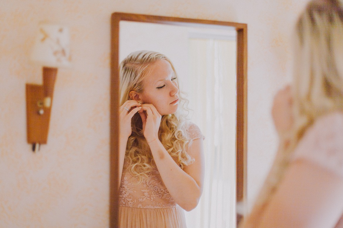 kökar_aland_wedding_getting_ready_0019.jpg