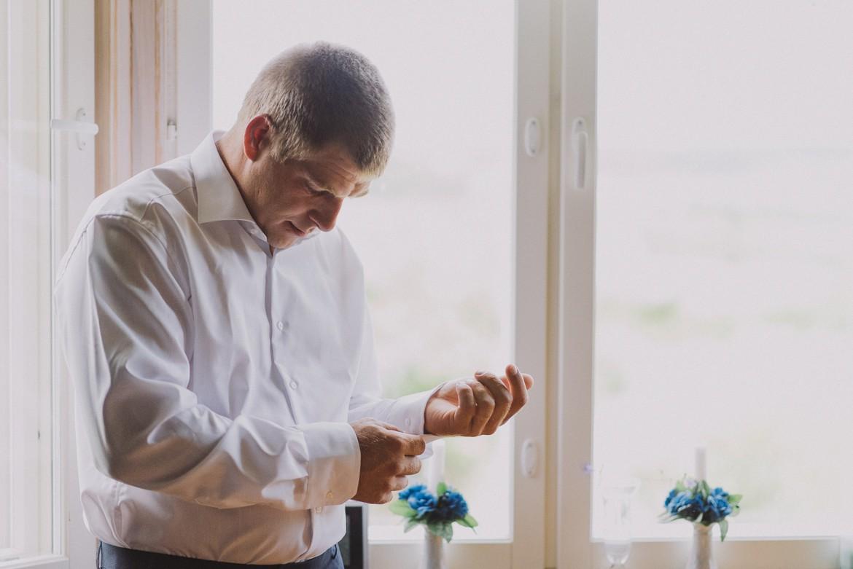 kökar_aland_wedding_getting_ready_0024.jpg